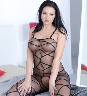 Jolee Love Escort